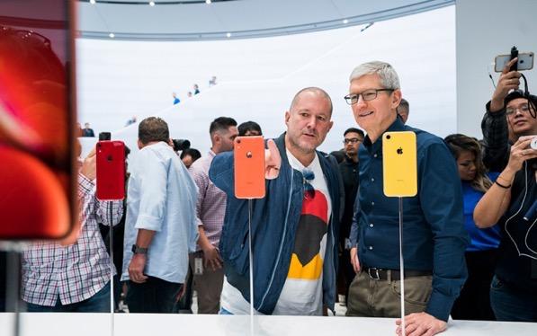 Apple-update-tim-cook-jonathan-ive-062619_big.jpg.medium.jpg