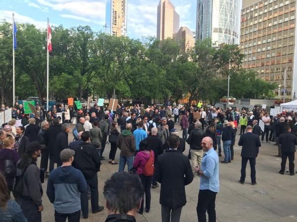 tax-rally-city-hall.jpg