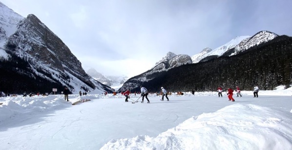 Lake louise pond hockey14 1024x525
