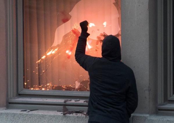 cda-racism-protests-20200531.jpg
