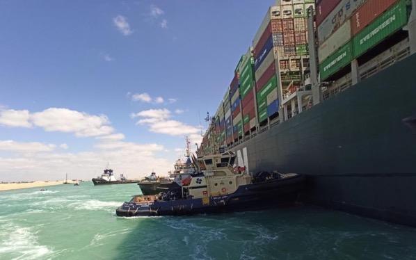 Robert allan designed tugboat pushed the mv ever given