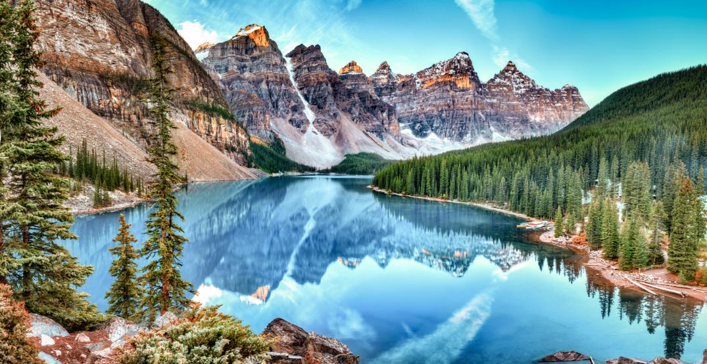 Banff National Park (Zhukova Valentyna/Shutterstock)
